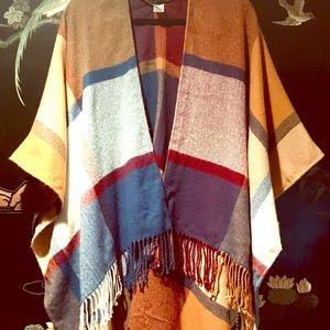 Jackets & Blazers - ⚠️ Plaid Poncho